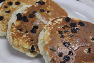 chocolate-chip-pancakes.jpg